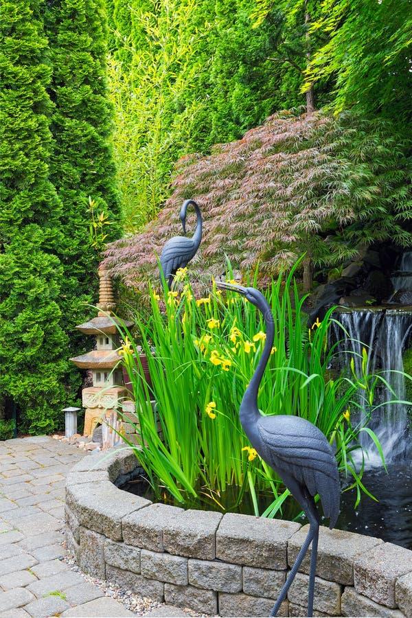 Японский воодушевленный сад с весенним временем пруда стоковое изображение
