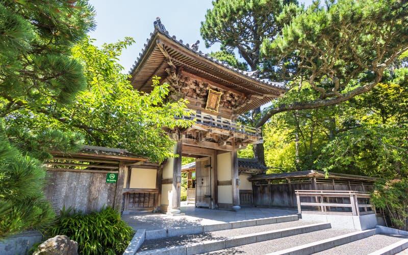 Японское кафе на открытом воздухе, Golden Gate Park, Сан-Франциско, Калифорния, США, Северная Америка стоковые изображения