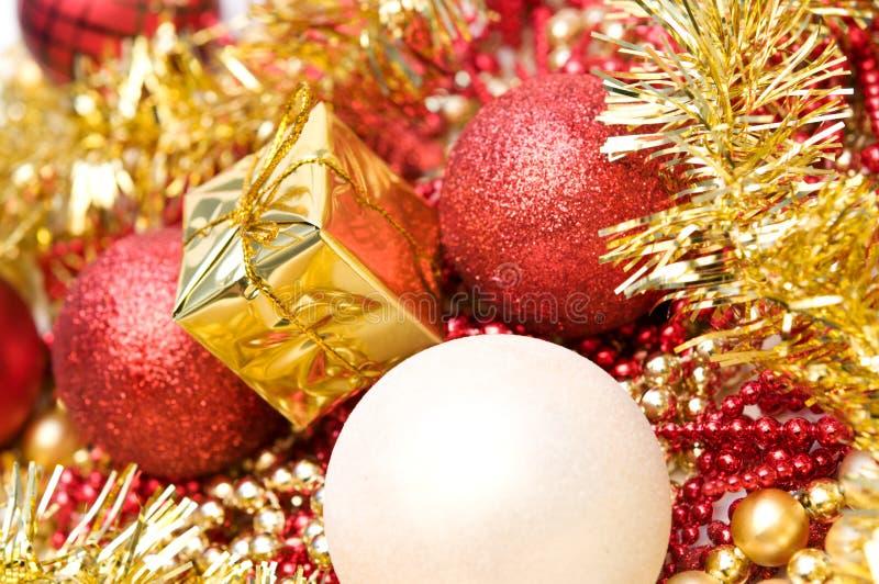 яркий блеск рождества шариков стоковая фотография