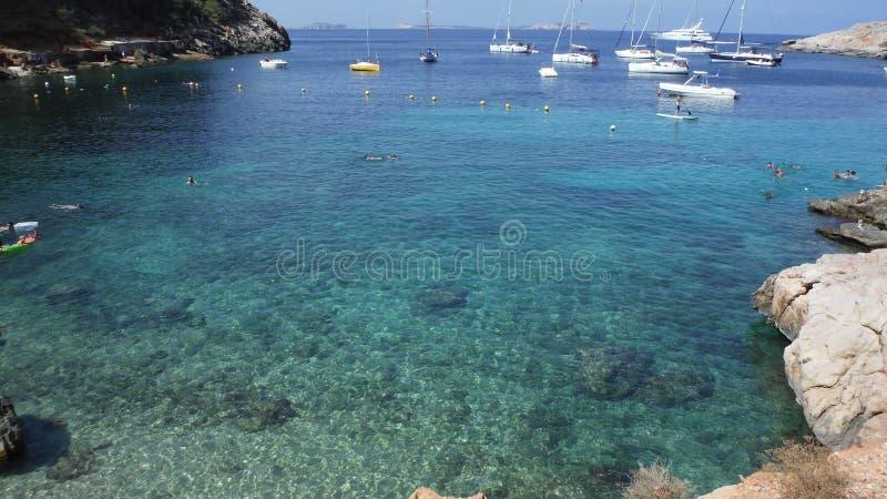 Яркое голубое mediterrean стоковые изображения rf