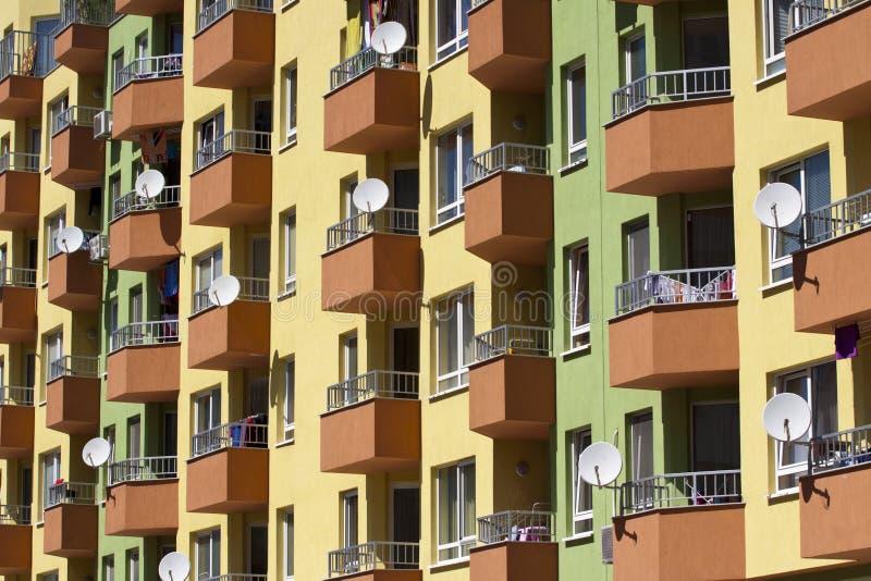 Ярко покрашенные жилые кварталы в Софии стоковые изображения rf