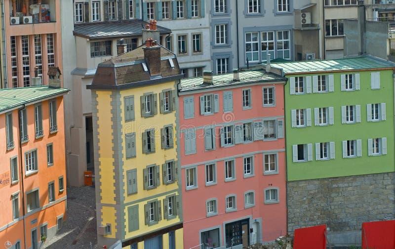 ярк здания покрасили улицу стоковое фото rf