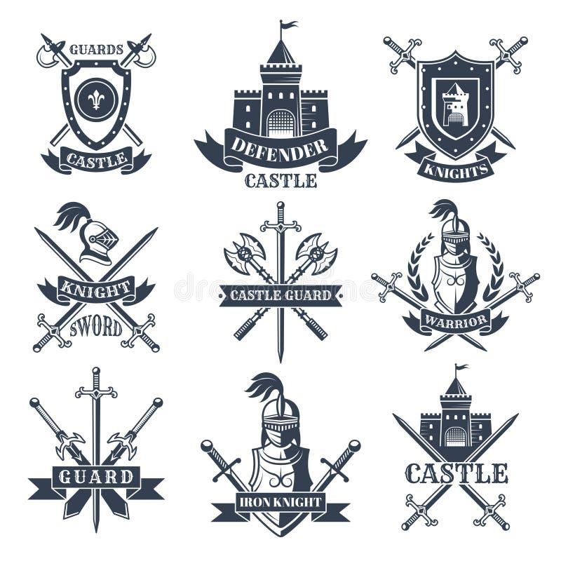 Ярлыки или значки установили с изображениями средневековых рыцарей, шлемов и шпаг иллюстрация штока