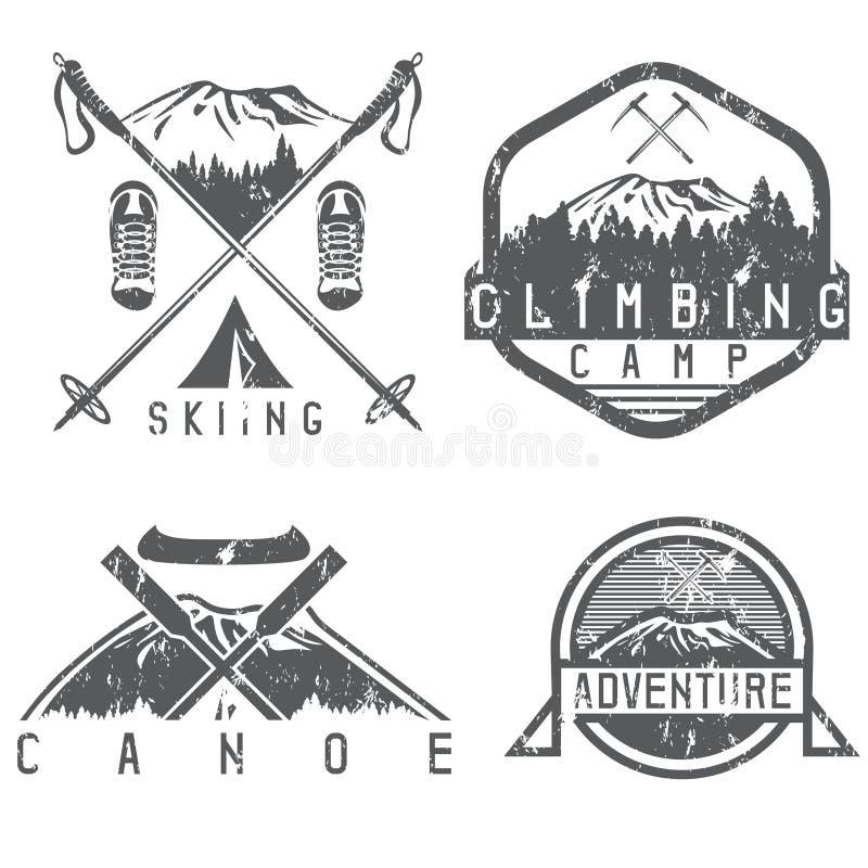 Ярлыки grunge лагеря катания на лыжах, каное и приключения винтажные иллюстрация штока