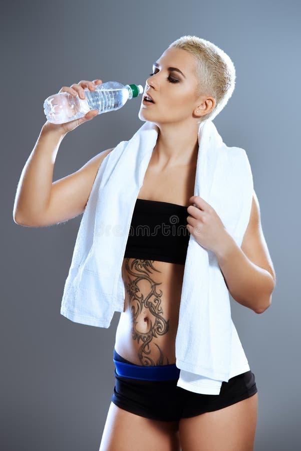 ясная питьевая вода стоковая фотография rf