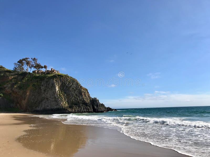 Ясный день в пляже Laguna, Калифорния стоковые фото