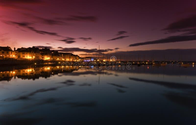 яхта захода солнца malahide залива стоковое изображение