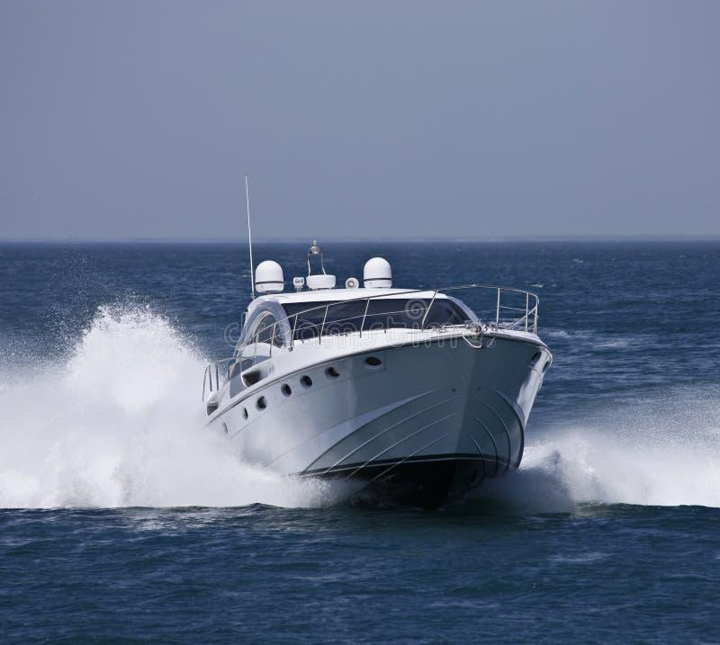 яхта Италии роскошная rome circeo залива стоковые фотографии rf