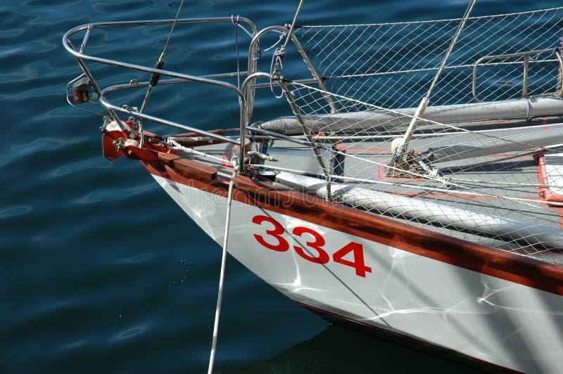 Download яхта моря стоковое фото. изображение насчитывающей кливер - 485154
