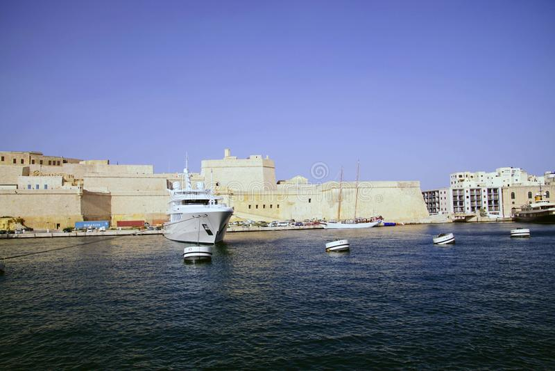 Яхты в Марине на большой гавани стоковая фотография rf
