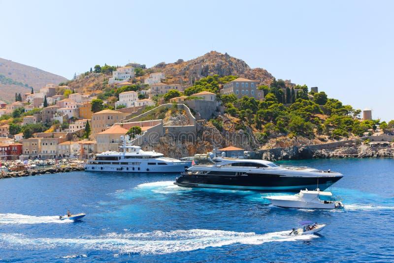 Яхты - острова Греции стоковые изображения rf