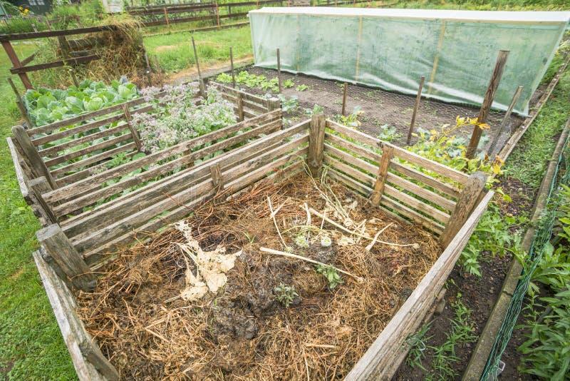 Ящик компоста сада стоковое фото rf