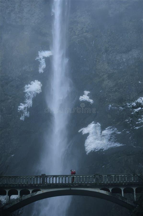 Я вижу моих ангелов над падениями Multnomah стоковое изображение rf