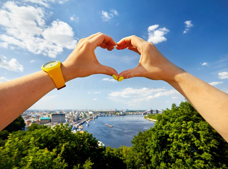 Download Я люблю Kyiv стоковое изображение. изображение насчитывающей bluets - 120529647