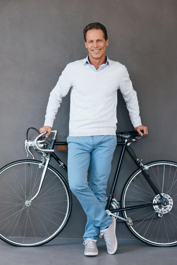 Я люблю мой велосипед! стоковая фотография