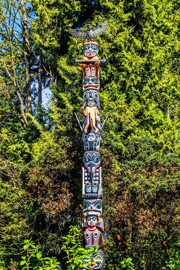 'GA 'akstalastotempaal 'in Stanley Park, Vancouver, Ca royalty-vrije stock foto's