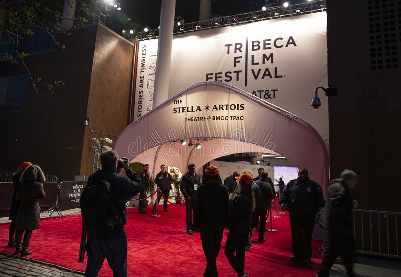 'Het neemt Krankzinnige 'Premièren bij het de Filmfestival van Tribeca van 2019 stock afbeeldingen