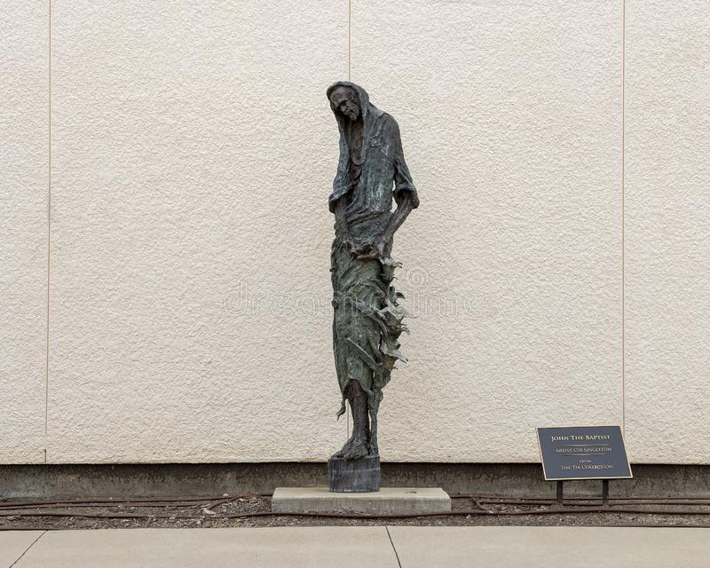 'Johannes der Täufer 'durch Gib Singleton außerhalb des Museums der biblischen Kunst in Dallas, Texas lizenzfreie stockfotos