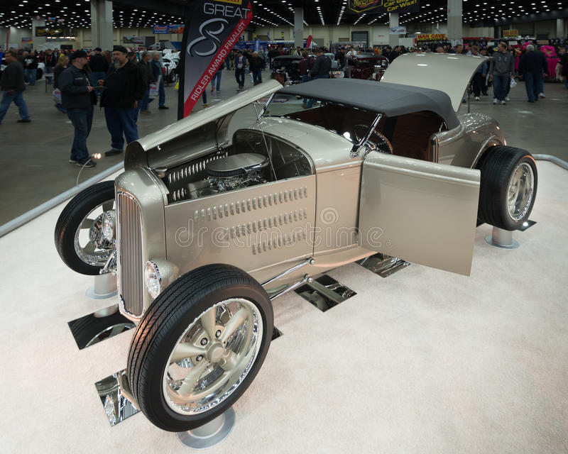 """""""Aletta di filatoio di deuce"""", Ford Roadster 1932 fotografia stock libera da diritti"""