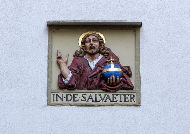 """""""В DE SALVAETER """", на белой пустой стене на Begijnhof, Амстердам стоковые изображения"""