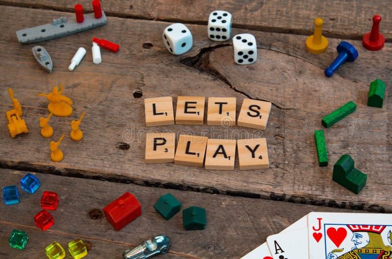 """""""Позволяет игре """"сделанной из писем игры скрэббл стоковые изображения rf"""