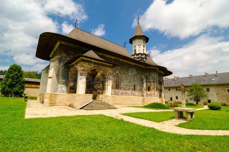 › SuceviÈ монастырь, в› a SuceviÈ деревни, Румыния стоковое фото rf