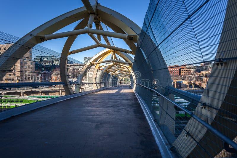 € di Toronto, Canada «ponte pedonale del 4 dicembre 2018 sopra fotografia stock