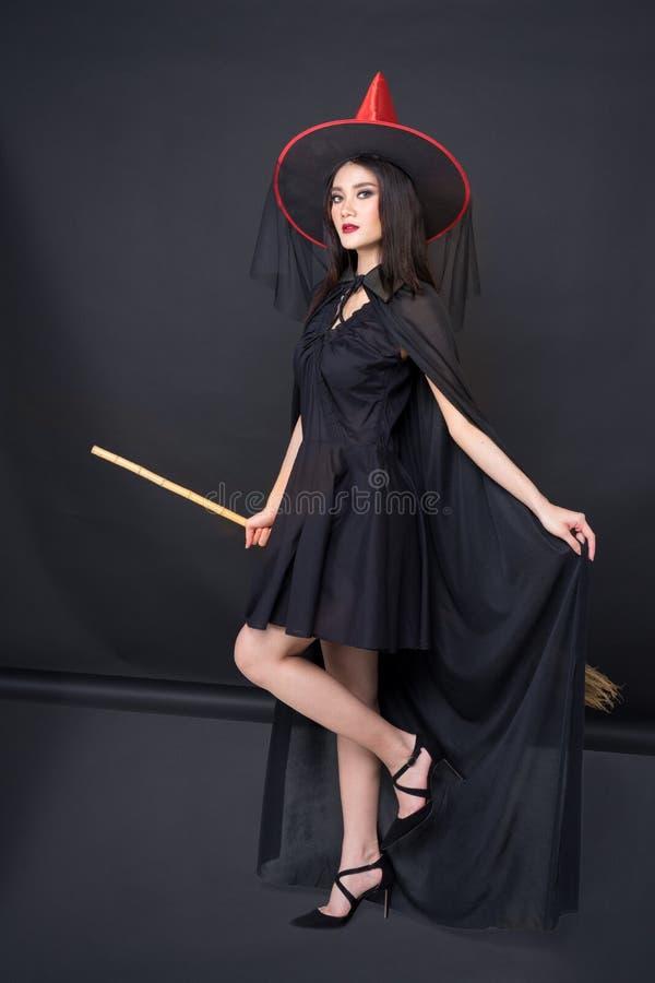 《万圣节女巫画像》 免版税库存照片