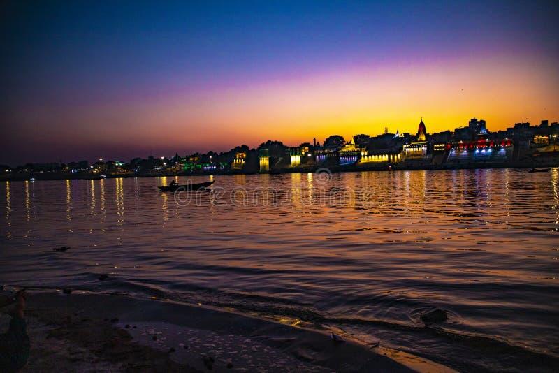《甘加河夜景》|旅游地 免版税库存照片