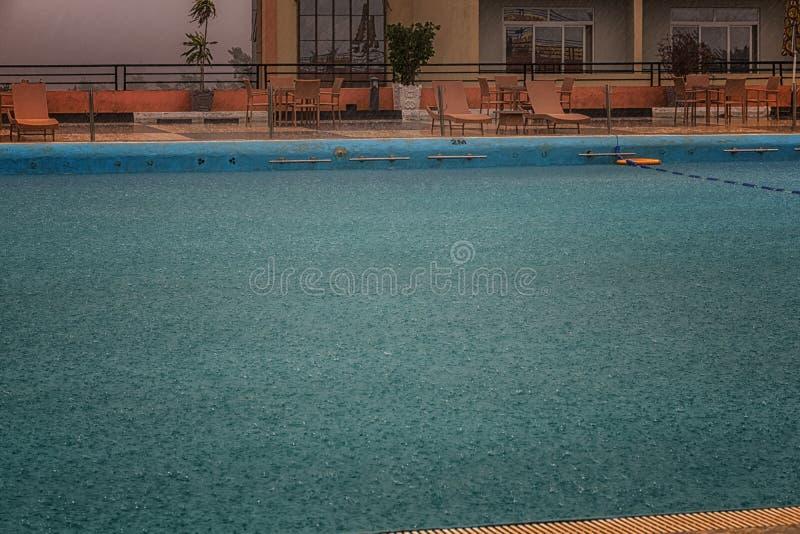 一下雨天在卢旺达 免版税库存照片