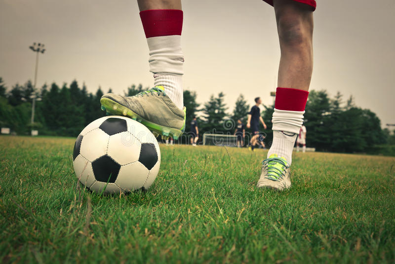 一个了不起的足球运动员 免版税库存图片