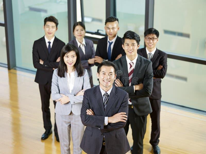 一个亚洲企业队的画象 免版税库存照片