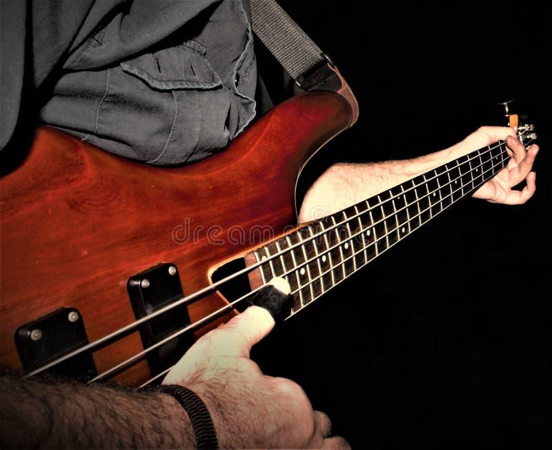 一个低音吉他特写镜头 图库摄影