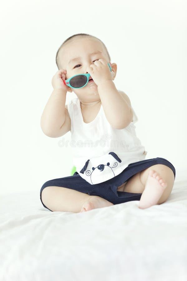 一个使用的婴孩 免版税库存照片