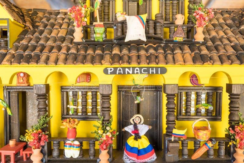 一个典型的哥伦比亚的房子的微型再生产 库存照片