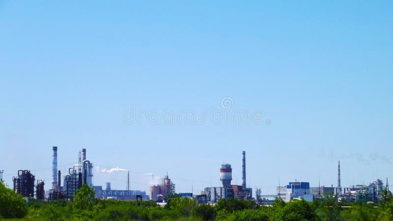 一个化工厂的管子 免版税库存照片