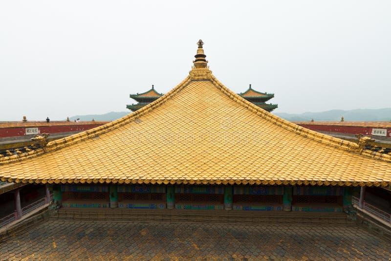一个古庙的景观的西藏大厅 图库摄影
