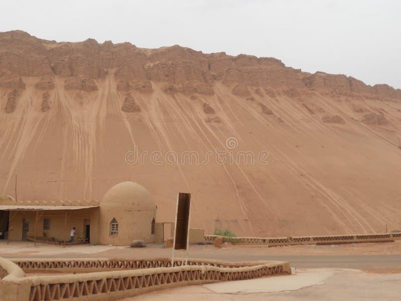 一个古老房子在沙漠 免版税库存照片