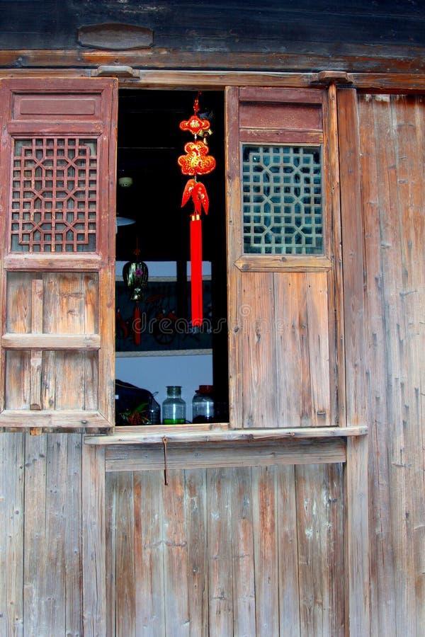 一个古老房子的装饰的门面在水镇Wuzhen,中国 免版税库存图片