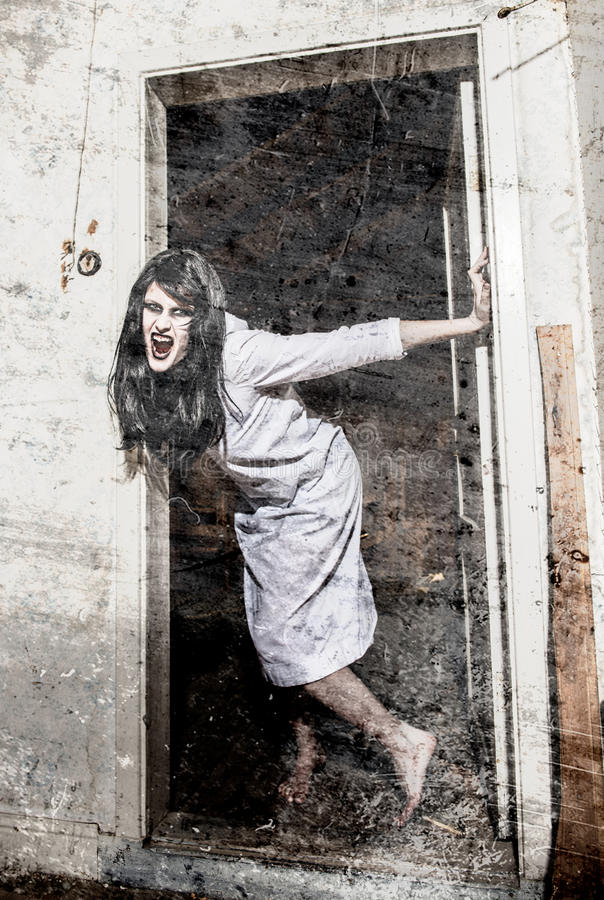 一个可怕鬼魂女孩 库存图片