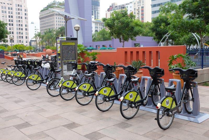 一个地铁自行车驻地在潘兴广场在街市洛杉矶 免版税库存照片