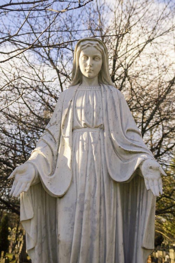 一个坟园雕塑在苏格兰 免版税库存图片