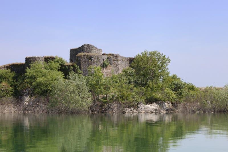 一个堡垒的废墟Skadar湖的 免版税库存图片