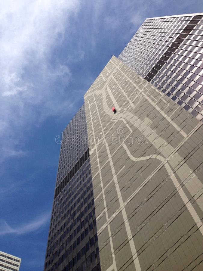 一个大厦的小船视图在芝加哥 库存照片
