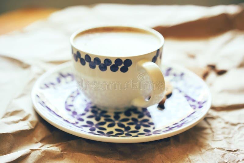一个大杯子的特写镜头咖啡 库存图片