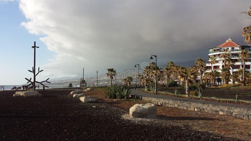 一个大风天在Teneriffa 库存照片
