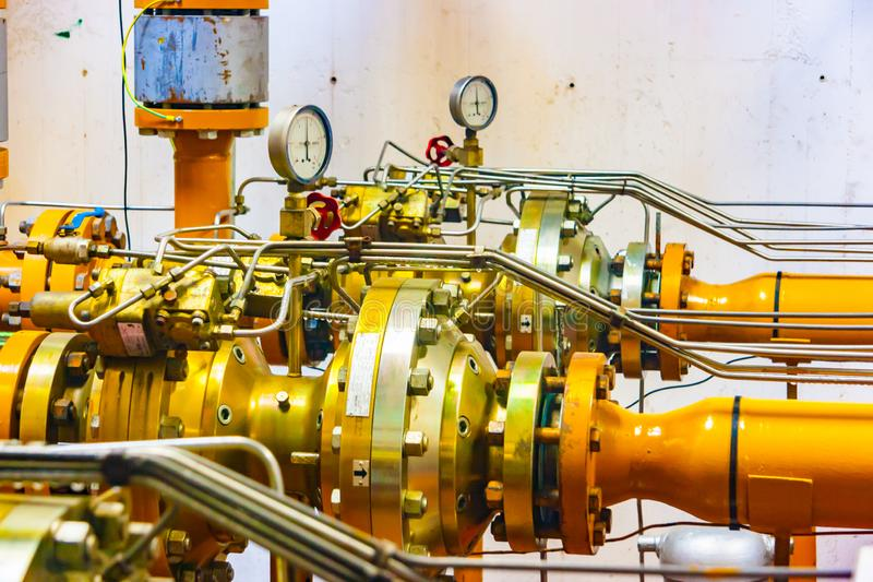 一个天然气发行驻地的主要阀门的特写镜头视图 库存图片