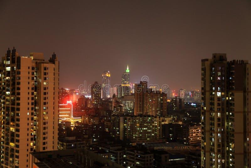 一个家的屋顶的夜视图在广东,中国 免版税库存照片