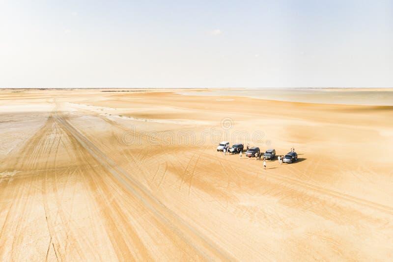 一个小组4x4在亚尔他瓜希拉沙漠,哥伦比亚 库存图片