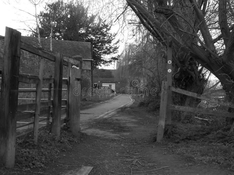 一个小镇的黑白图片 免版税库存照片